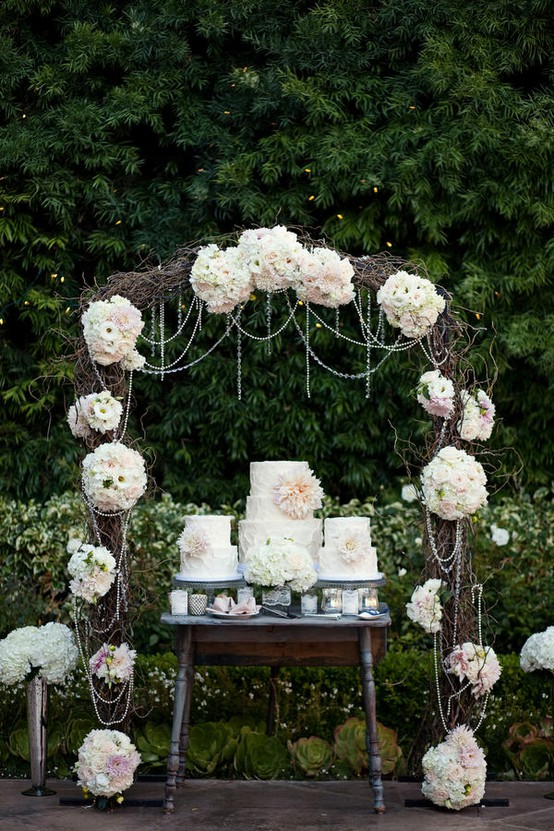 My Rustic Vintage Wedding Love This An Arch For A Rustic Wedding Cake