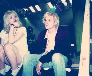 kurt cobain, nirvana, and Courtney Love image