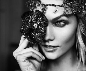 Karlie Kloss and Versace image