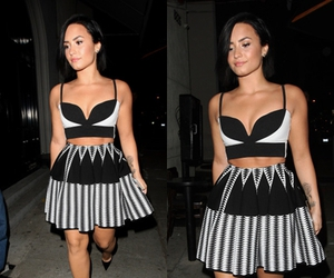 candid, demi lovato, and gallery image