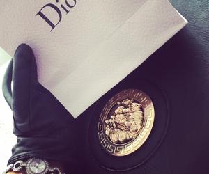 'dior' vs 'versace' image