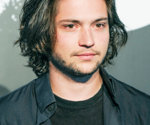 thomas mcdonell, the 100, and finn collins image