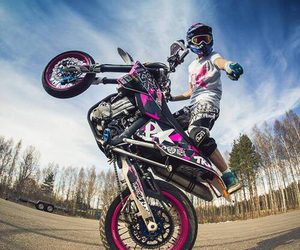 pink, stunt, and wheelie image