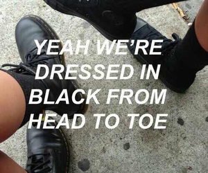 black, grunge, and the 1975 image