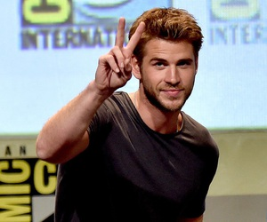 harry potter, liam hemsworth, and got image