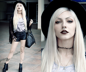 fashion and goth image