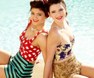 Kendall, kendall jenner, and kylie jenner image