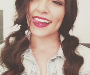bethany mota, youtube, and youtuber image