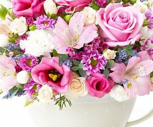 flowers, bouquet, and wallpaper image