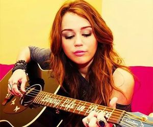 miley cyrus, miley, and guitar image