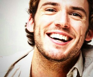 sam claflin, smile, and finnick odair image