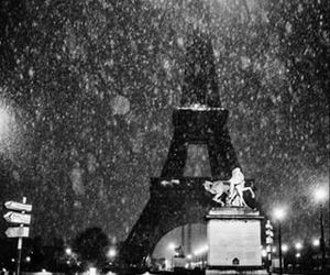 beautiful, black and white photography, and eiffel tower image