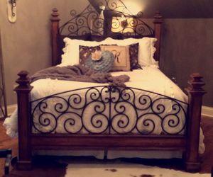 bedroom, cool bedroom, and bedroom decoration image