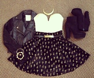 Image by Outfits,uñas,frases,dys,tips....
