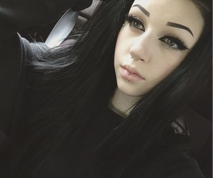 alt girl, black hair, and bodymods image
