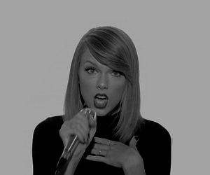 Taylor Swift, shake it off, and taylor image