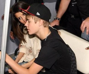 Relationship, selena gomez, and justin bieber image