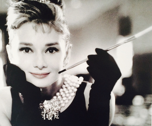 audrey hepburn, audrey, and Breakfast at Tiffany's image