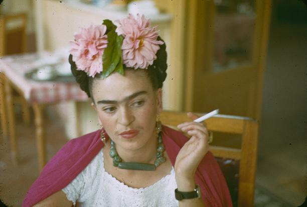 frida kahlo, Frida, and flowers image