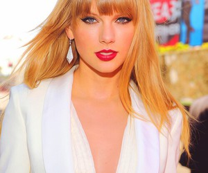 Taylor Swift, blonde, and red lips image