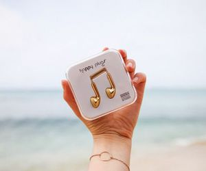 music, gold, and sea image