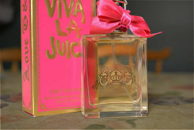 How to spot fake juicy couture perfume
