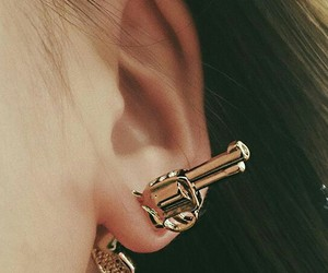earring, fashion, and gold image