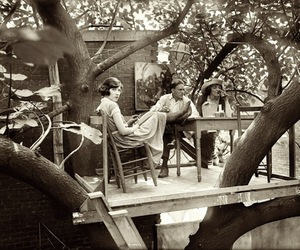 vintage and treehouse image