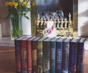 books, divergent, and read image