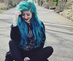 alt girl, dyed hair, and neon hair image