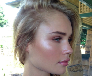blond hair, girl, and makeup image