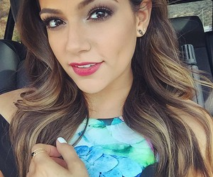 bethany mota and beauty image