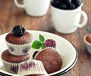 food, blackberry, and cupcake image
