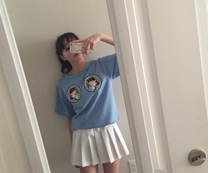 pale, aesthetic, and skirt image