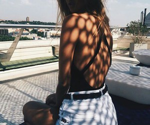 girl, summer, and sun image