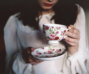 girl, tea, and vintage image