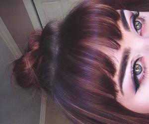 eye makeup, fashion, and green eyes image