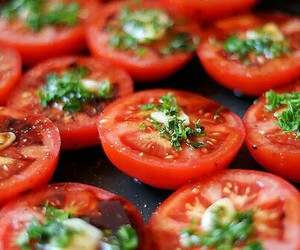 food, tomato, and yummy image
