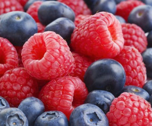 blueberries and food image