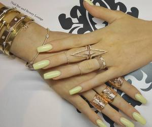 nails, kylie jenner, and jenner image