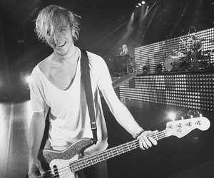 riker lynch and r5 image