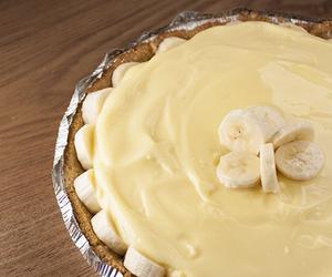 bakery, banana, and banana cream pie image