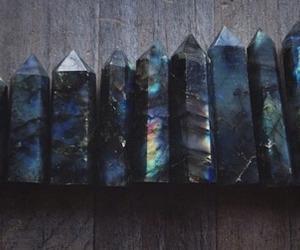 black, grunge, and crystal image