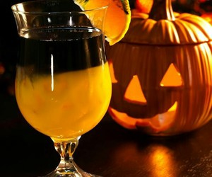 cocktail, drinks, and Halloween image