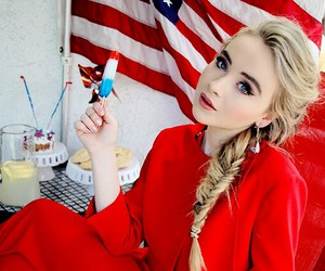 sabrina carpenter image