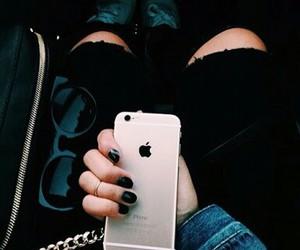 trendy accessories image
