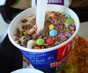 food, ice cream, and mcflurry image