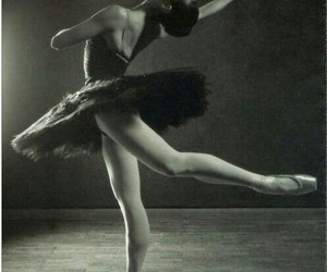 art, pointe shoes, and tutu image