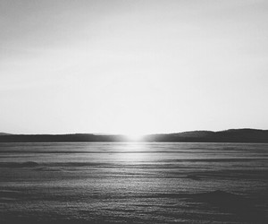 sea, sun, and hipster image