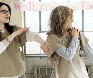 alex vause and piper chapman image